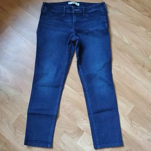 Hollister Cropped/Ankle Jeans Size 1